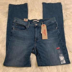Levi's 315 Shaping Bootcut NWT size 31